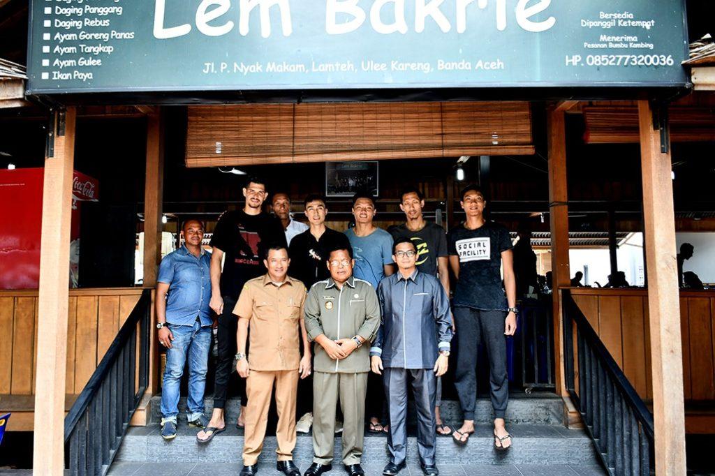 Wali Kota Jamu Pemain Samator Surabaya dengan Kuliner Khas Aceh