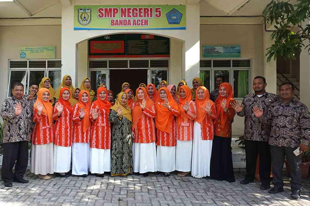 Dwp Akhiri Program Saweu Sikula Di Smp 5